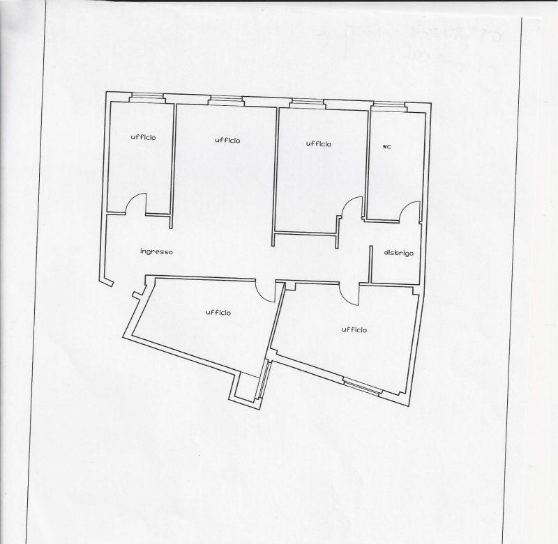 Ufficio / Studio in affitto a Cles, 5 locali, Trattative riservate | Cambio Casa.it