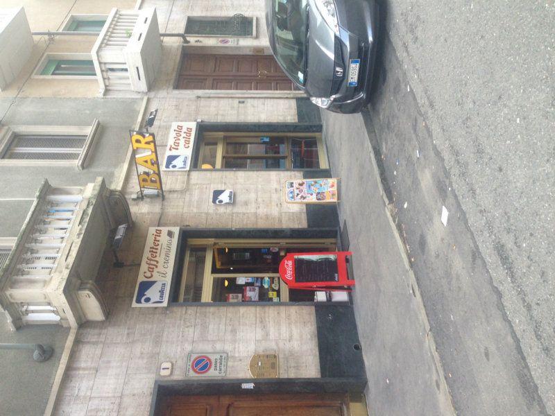 Bar in vendita a Torino in Via Thonon
