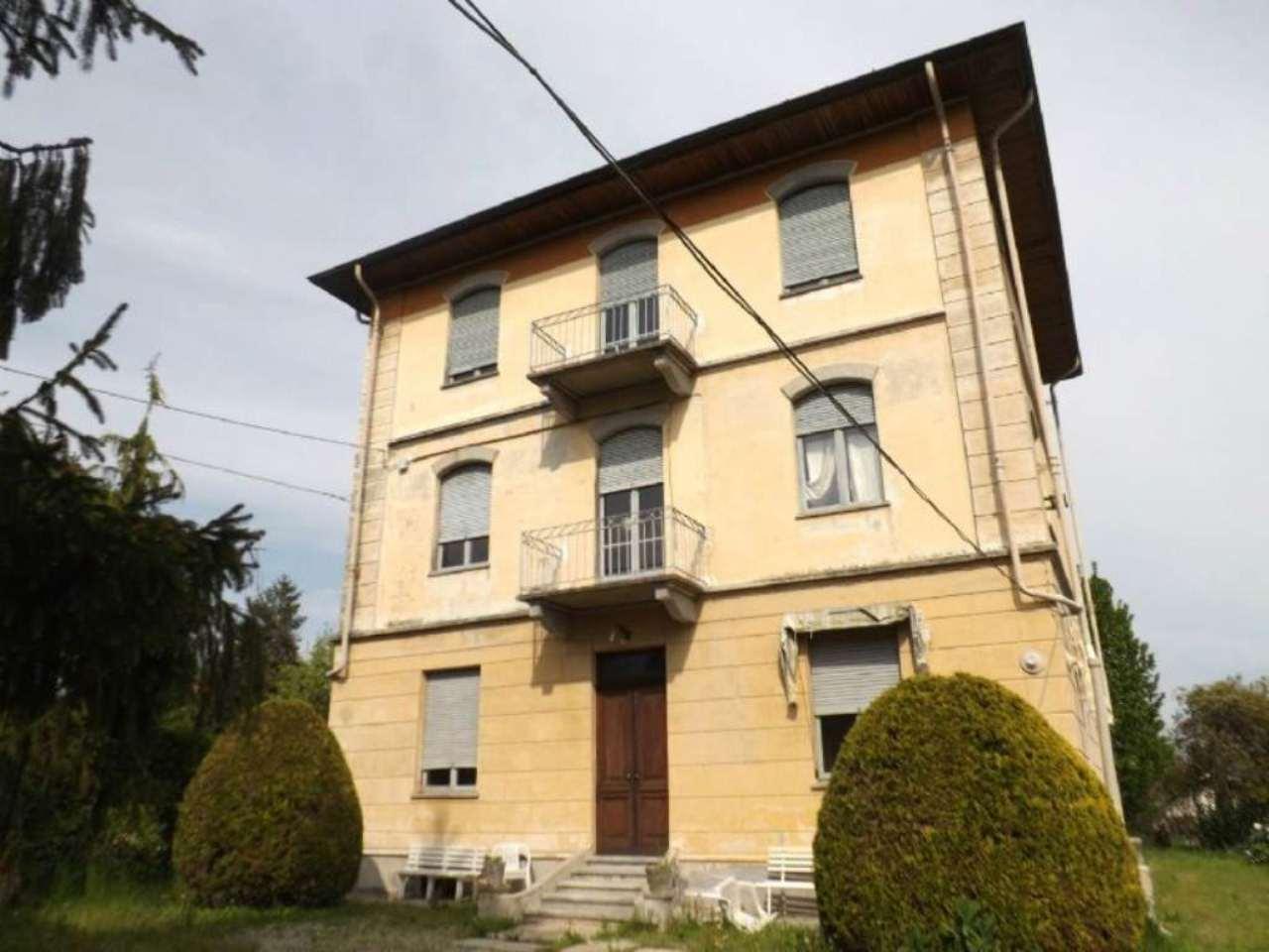 Soluzione Indipendente in vendita a Luserna San Giovanni, 15 locali, prezzo € 290.000 | Cambio Casa.it
