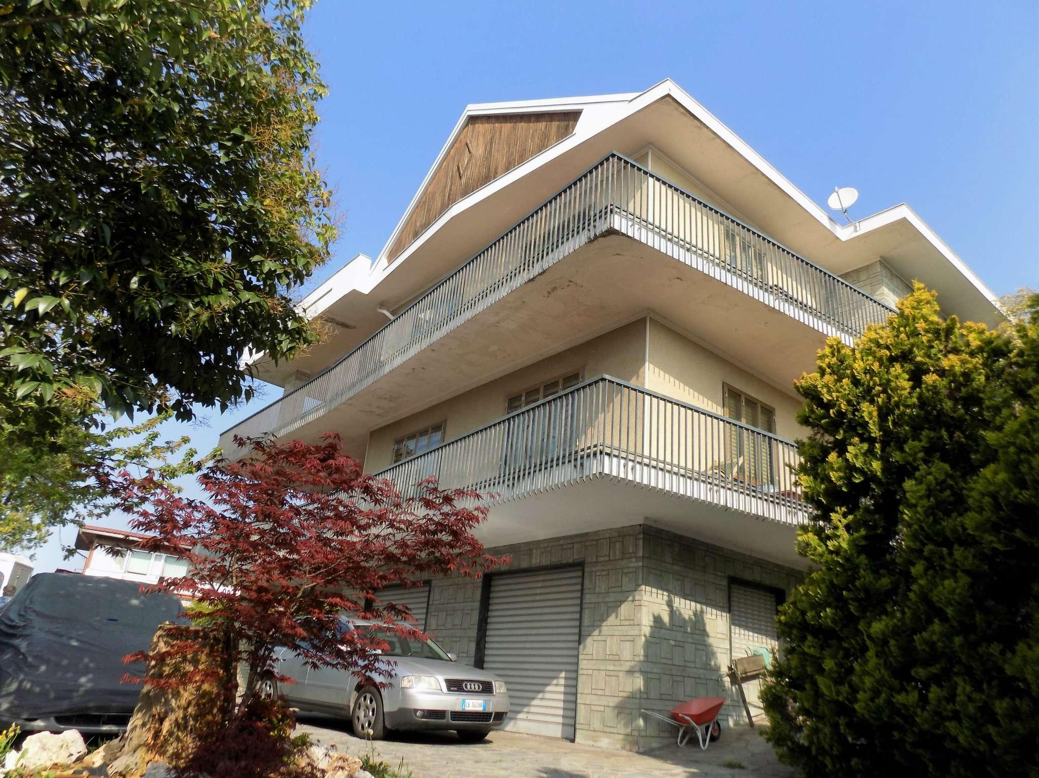 Soluzione Indipendente in vendita a Rivoli, 12 locali, prezzo € 730.000 | Cambio Casa.it