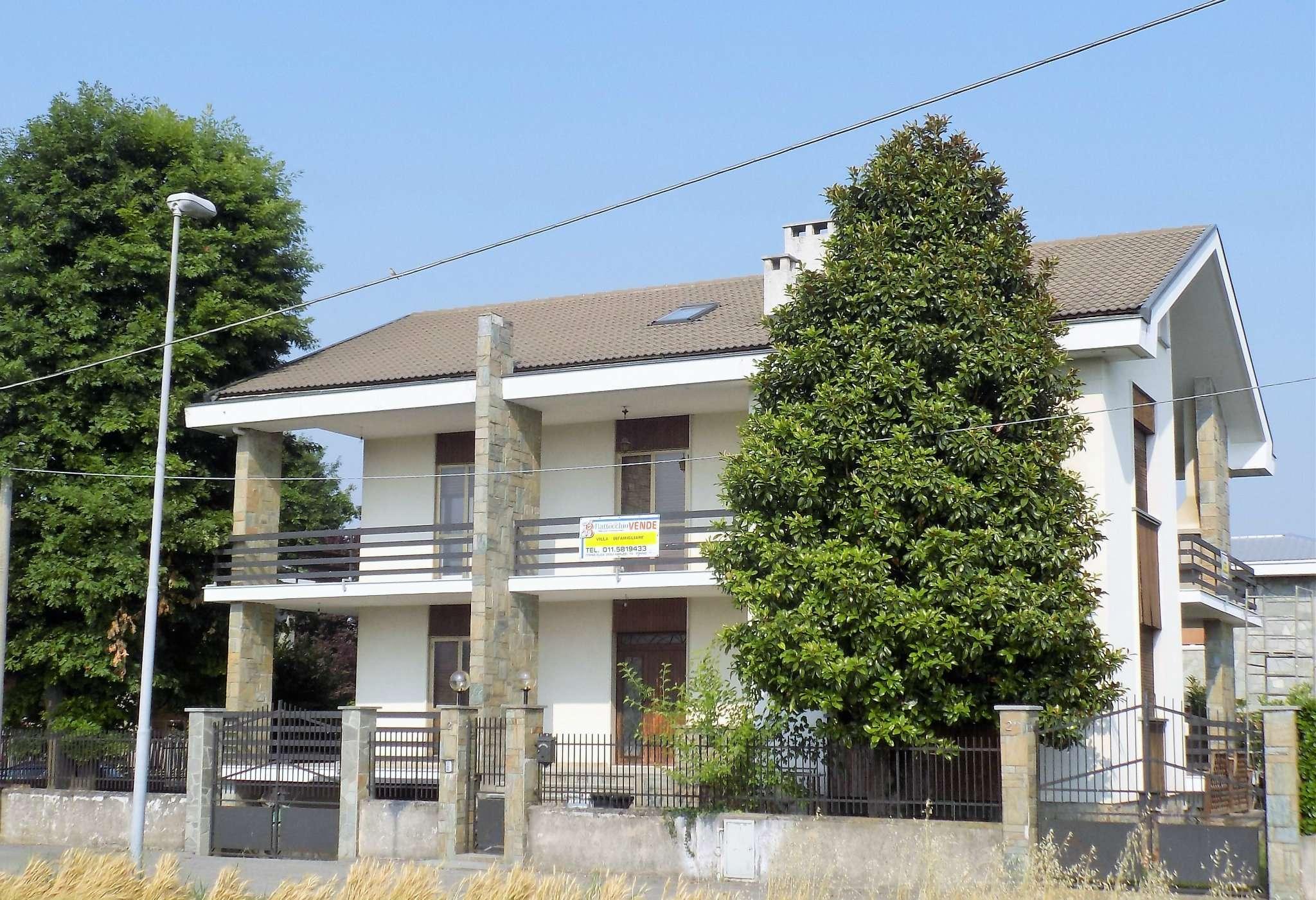 Soluzione Indipendente in vendita a Rivoli, 9999 locali, prezzo € 560.000 | CambioCasa.it