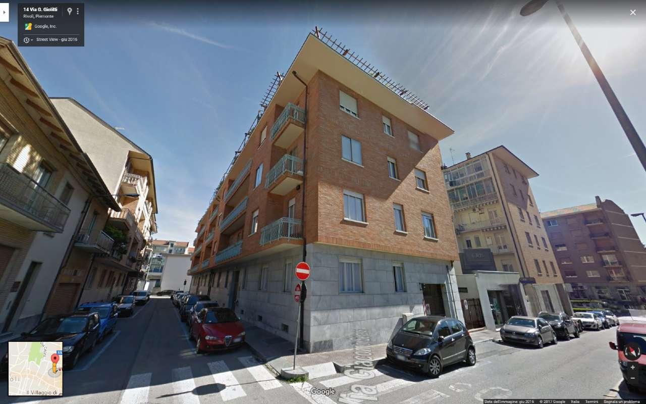 Appartamento in vendita a Rivoli, 6 locali, prezzo € 156.000 | CambioCasa.it
