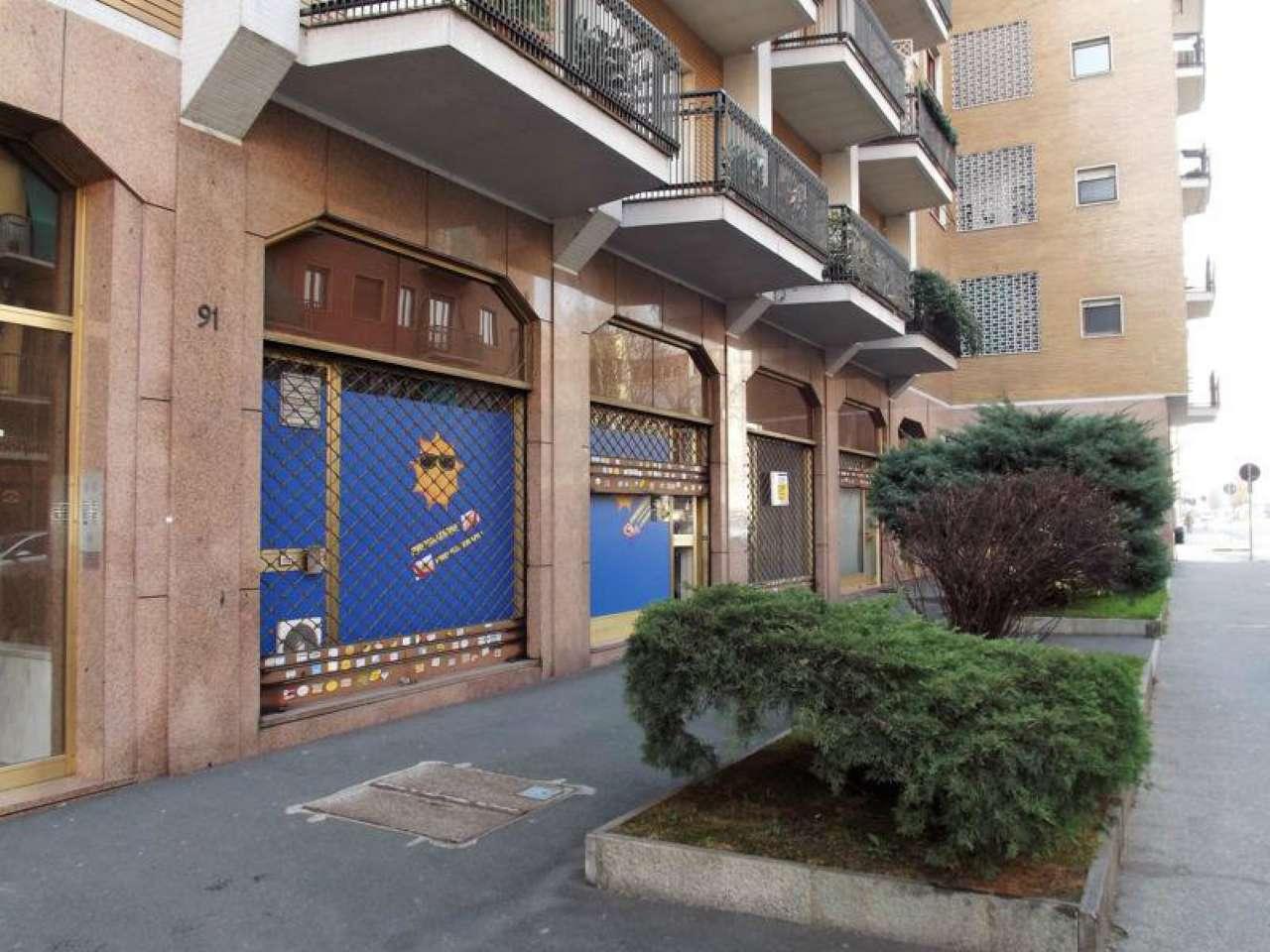 Negozio in vendita Zona Cit Turin, San Donato, Campidoglio - via GIACOMO MEDICI Torino