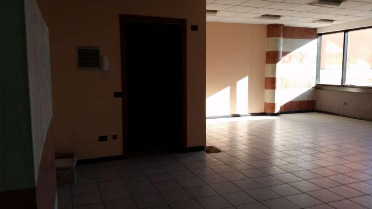 Desenzano del Garda Affitto UFFICIO Immagine 3
