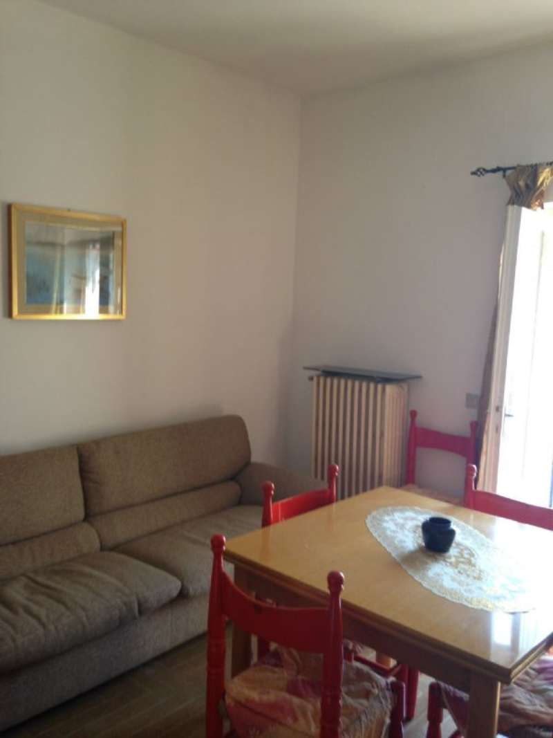 Appartamento in affitto a Manerba del Garda, 2 locali, prezzo € 430 | Cambio Casa.it