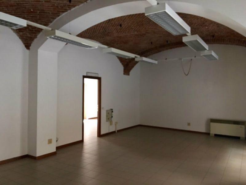 Laboratorio in vendita a Torino, 9999 locali, zona Zona: 1 . Centro, Quadrilatero Romano, Repubblica, Giardini Reali, prezzo € 199.000 | Cambio Casa.it