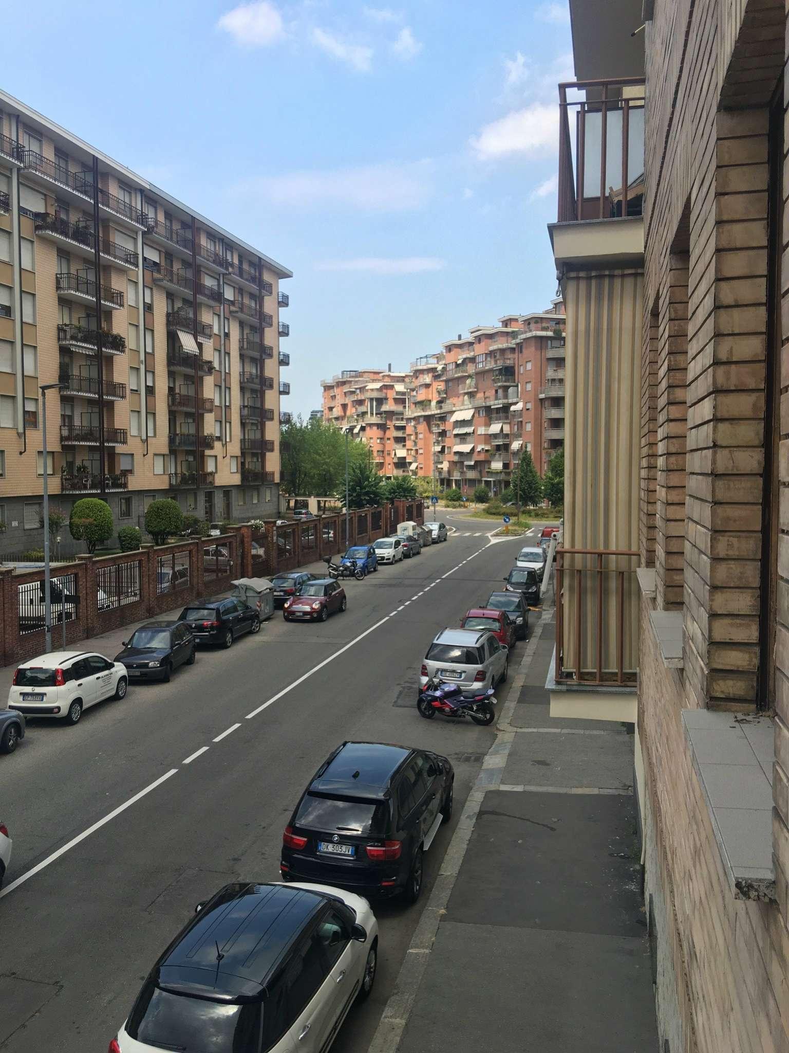 Bilocale Torino Via Fagnano 1