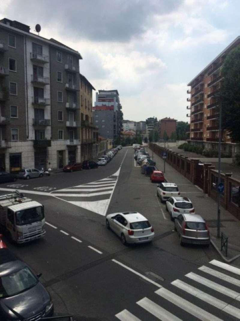 Bilocale Torino Via Fagnano 8