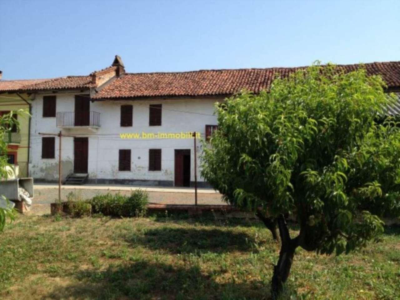 Villafranca d'Asti Vendita CASALE / RUSTICO / CASA / CASCINA Immagine 1