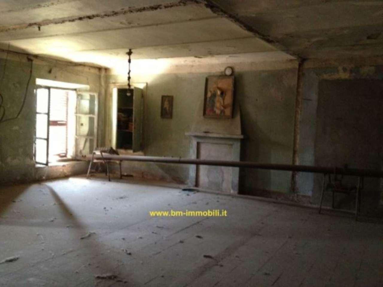 Villafranca d'Asti Vendita CASALE / RUSTICO / CASA / CASCINA Immagine 3