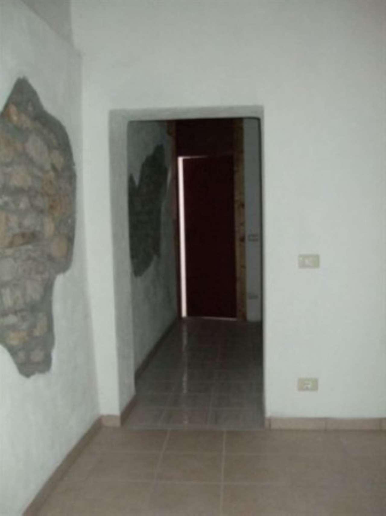 Appartamento in vendita a Villa Minozzo, 3 locali, prezzo € 60.000 | Cambio Casa.it