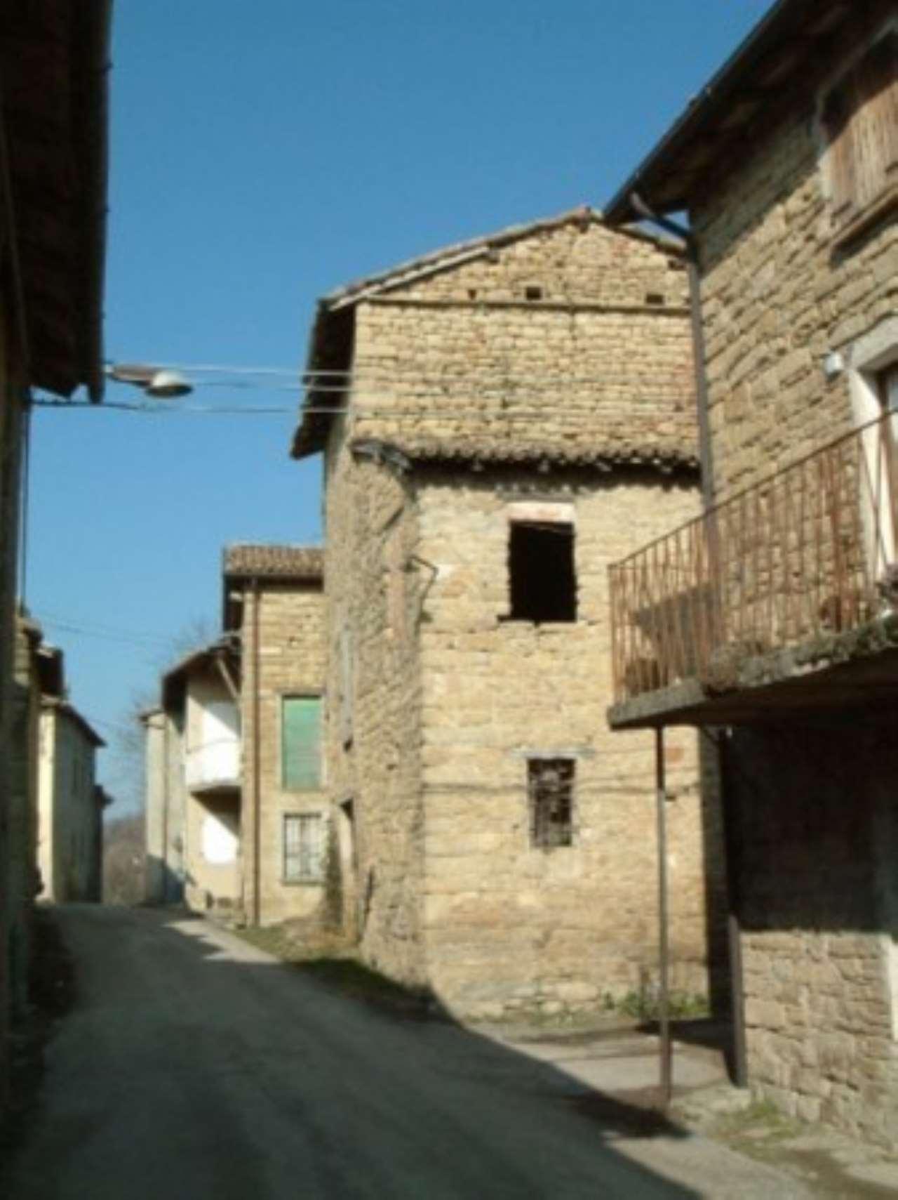 Rustico / Casale in vendita a Vetto, 9999 locali, prezzo € 65.000 | Cambio Casa.it