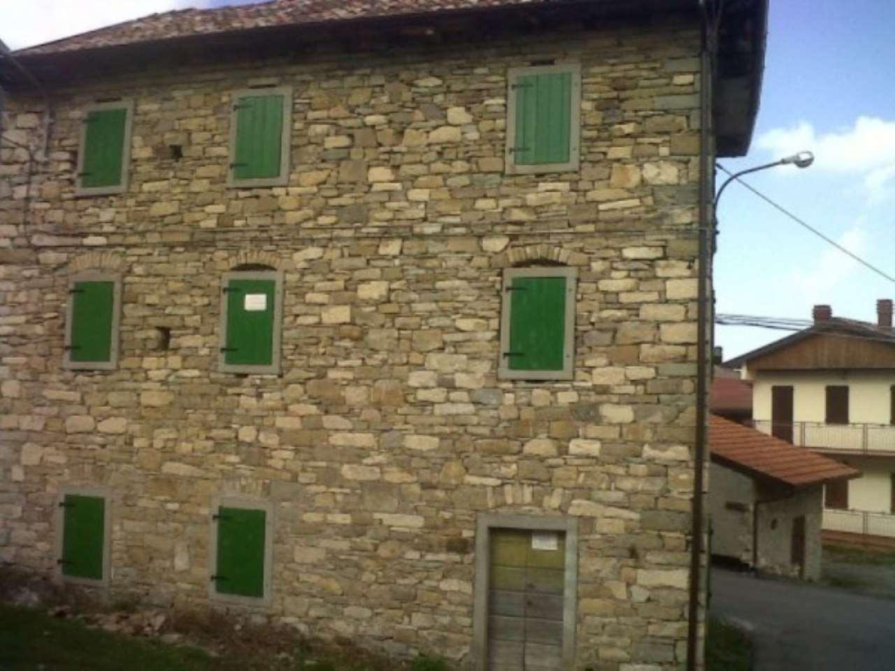 Rustico / Casale in vendita a Villa Minozzo, 6 locali, prezzo € 65.000 | Cambio Casa.it