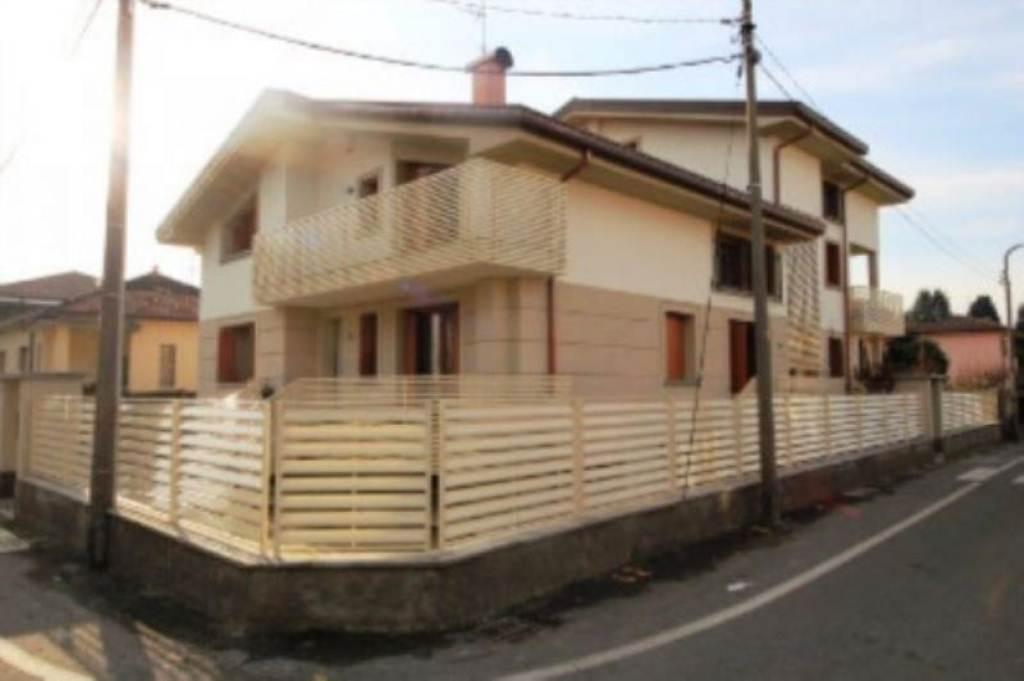 Appartamento in vendita a Albiate, 1 locali, prezzo € 70.000 | Cambio Casa.it