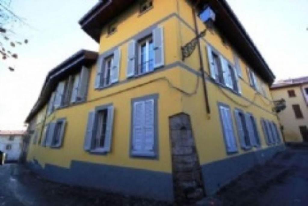 Appartamento in affitto a Inverigo, 3 locali, prezzo € 650 | Cambio Casa.it