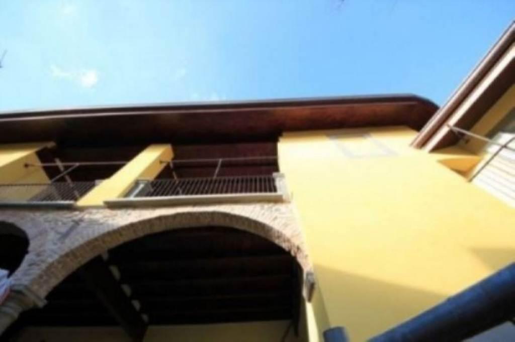 Bilocale Inverigo Via Giuseppe Mazzini 2