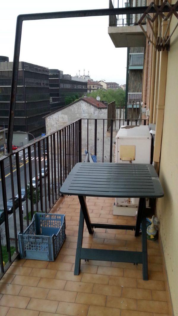 Bilocale Torino Via Stellone 6