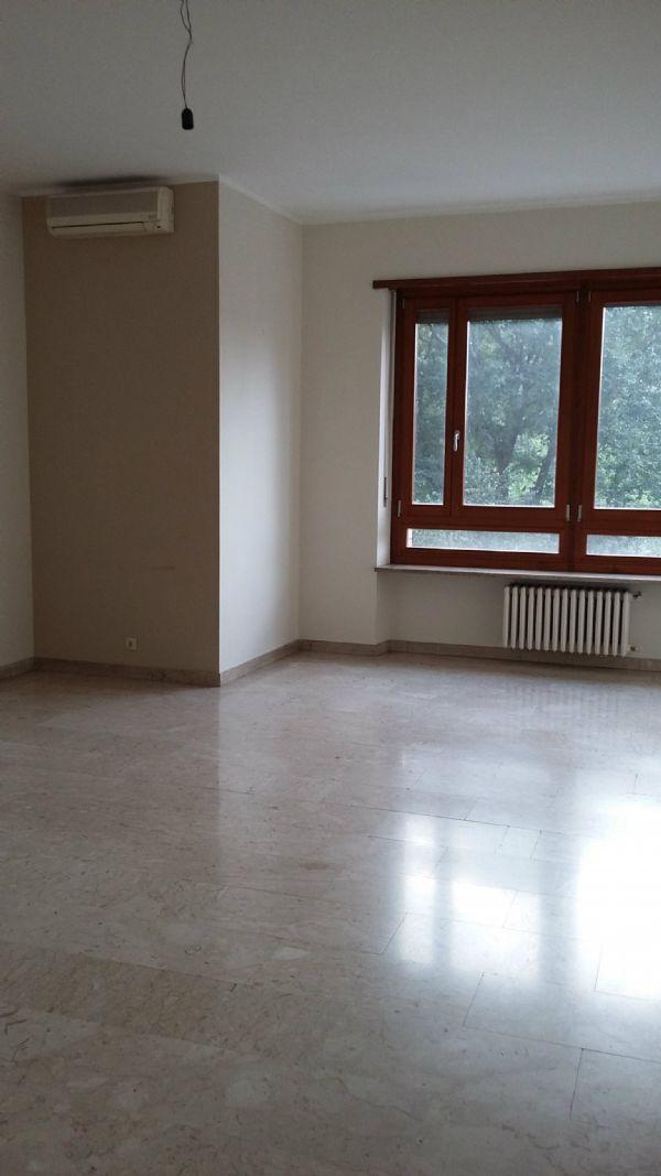Torino Affitto UFFICIO Immagine 1
