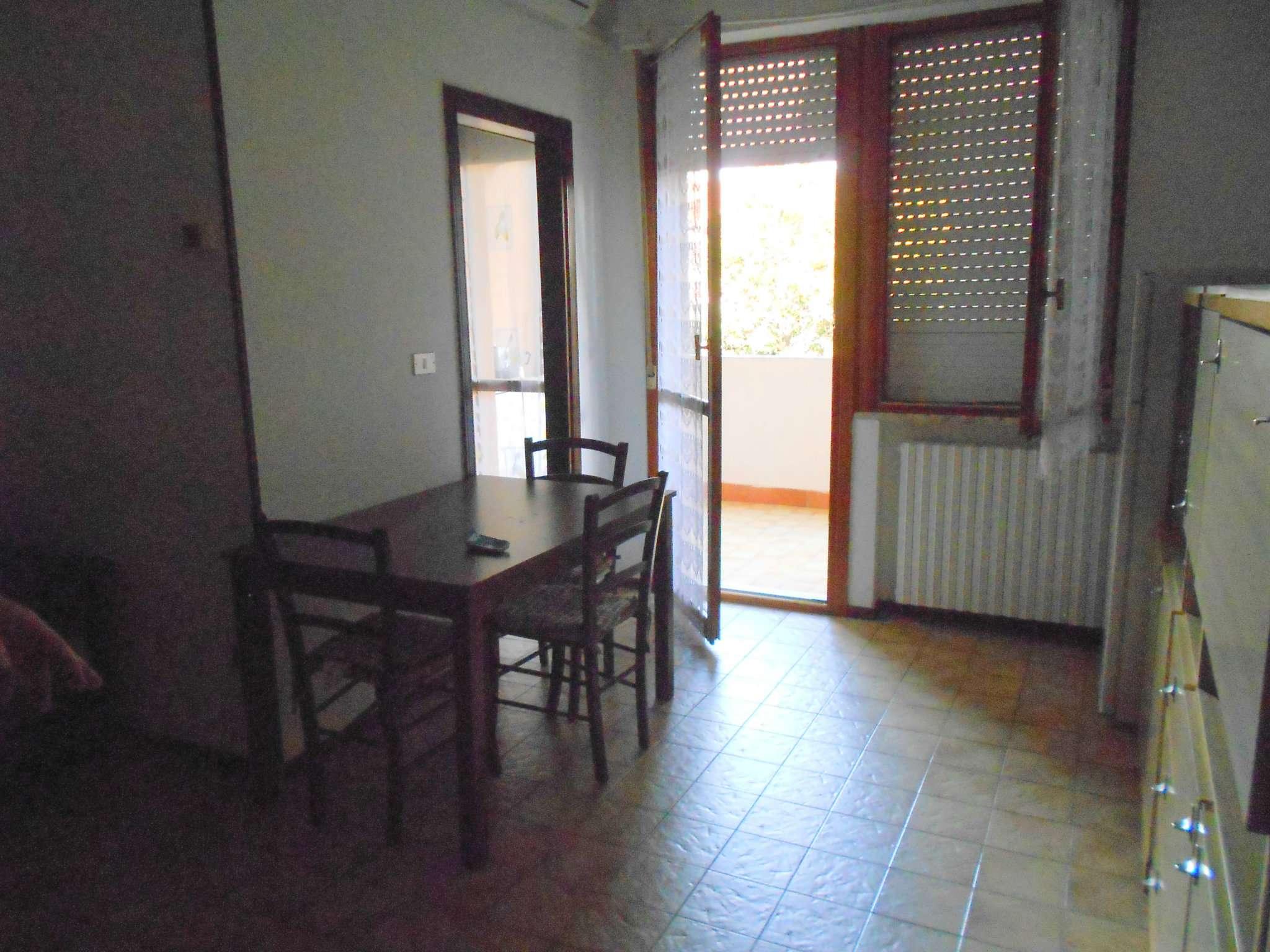 Appartamento in affitto a Francavilla al Mare, 2 locali, prezzo € 300 | CambioCasa.it