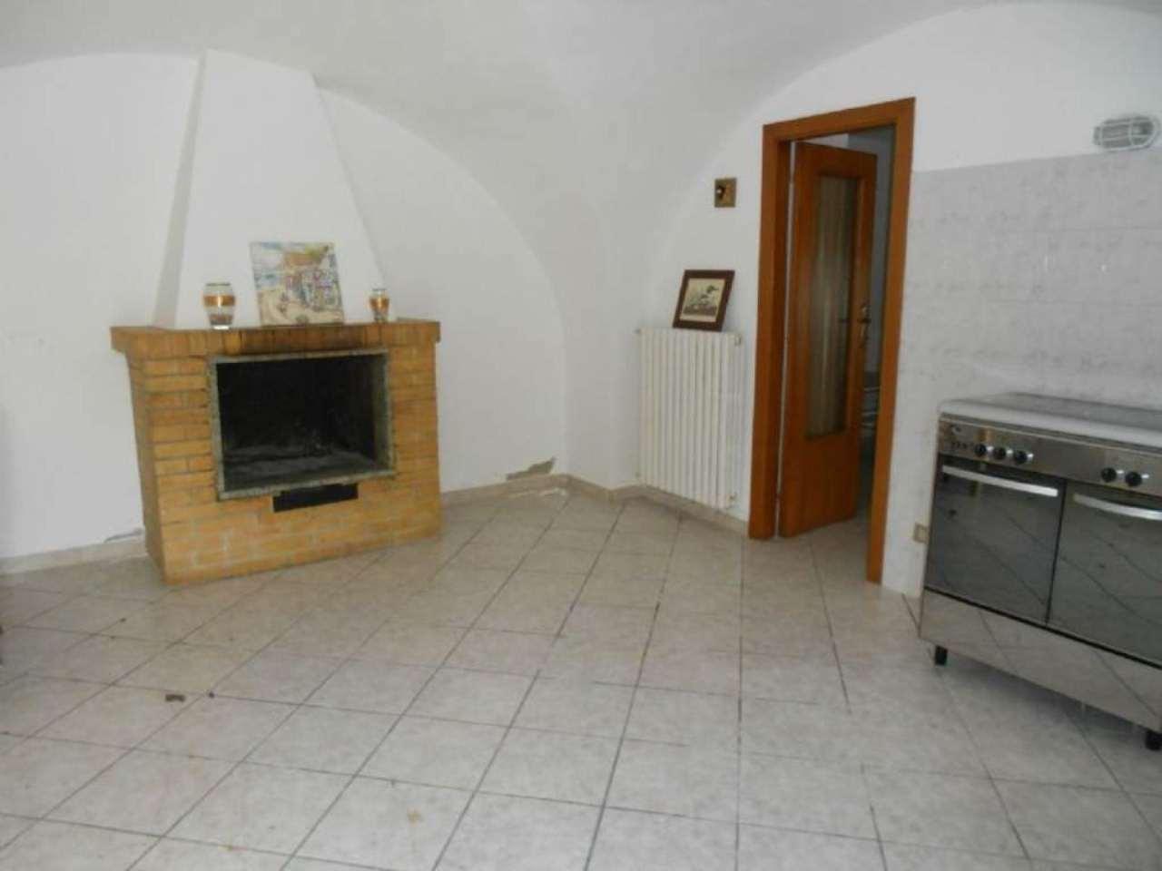 Bilocale Torrevecchia Teatina Via Torre 3