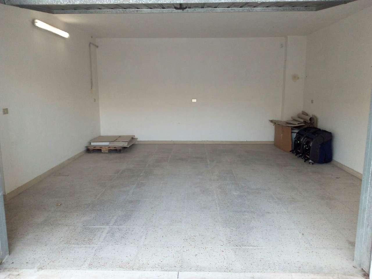 Box / Garage in affitto a Francavilla al Mare, 1 locali, prezzo € 150 | CambioCasa.it