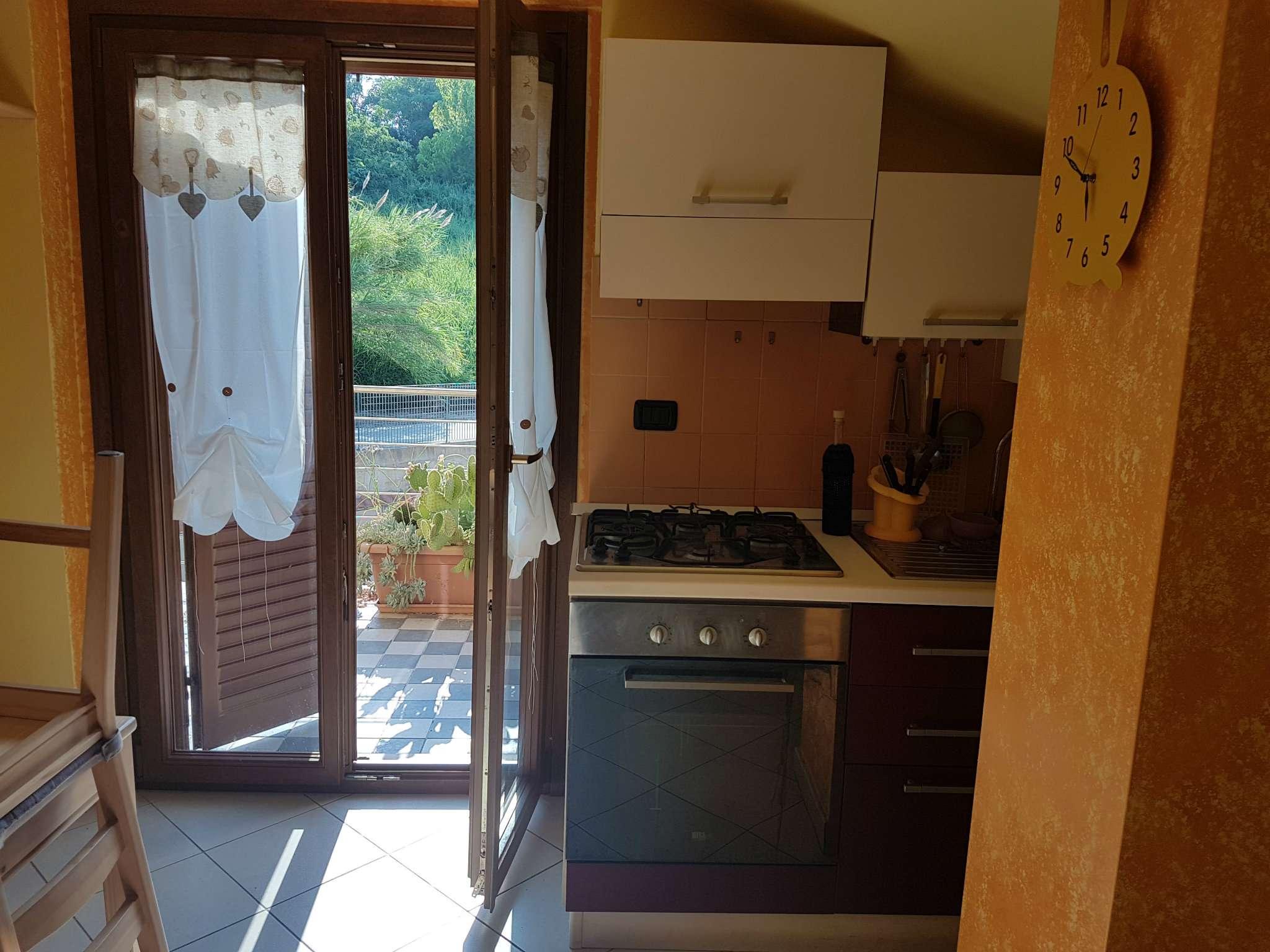 Appartamento in affitto a Ortona, 3 locali, prezzo € 380 | CambioCasa.it