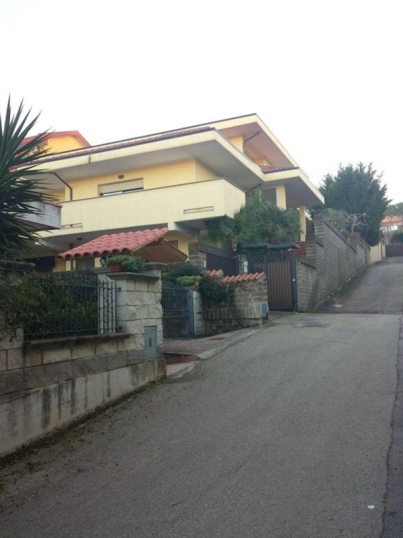 Appartamento in affitto a Francavilla al Mare, 2 locali, prezzo € 350 | CambioCasa.it