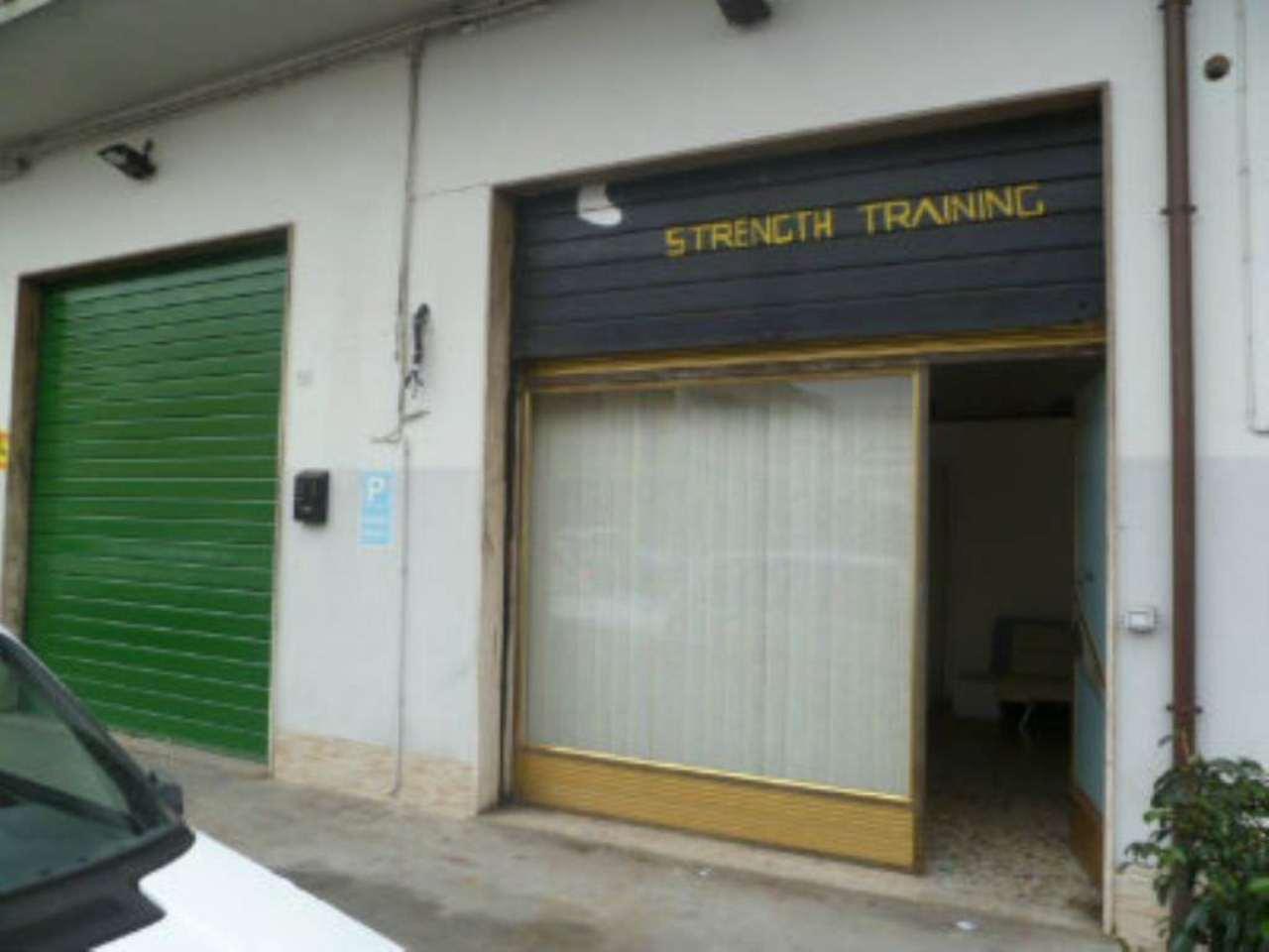Laboratorio in affitto a Pescara, 3 locali, prezzo € 1.500 | Cambio Casa.it
