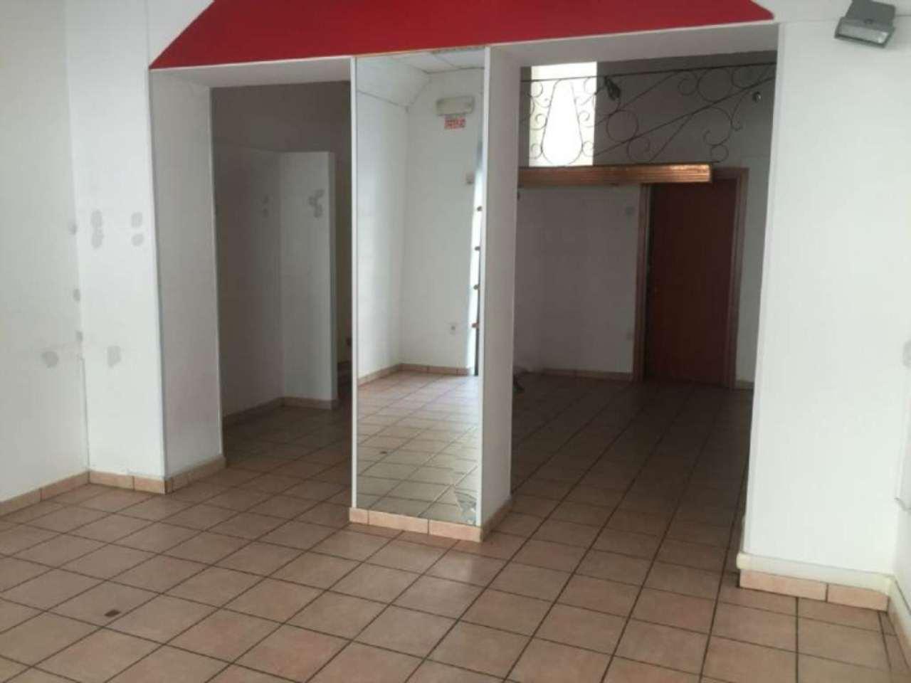 Negozio / Locale in affitto a Pescara, 1 locali, prezzo € 1.100 | Cambio Casa.it