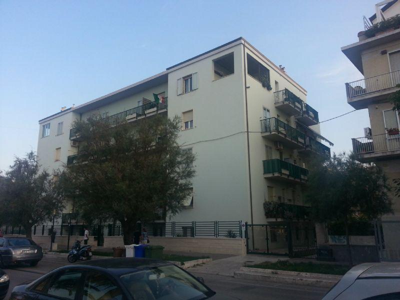 Attico / Mansarda in affitto a Pescara, 4 locali, prezzo € 600 | CambioCasa.it