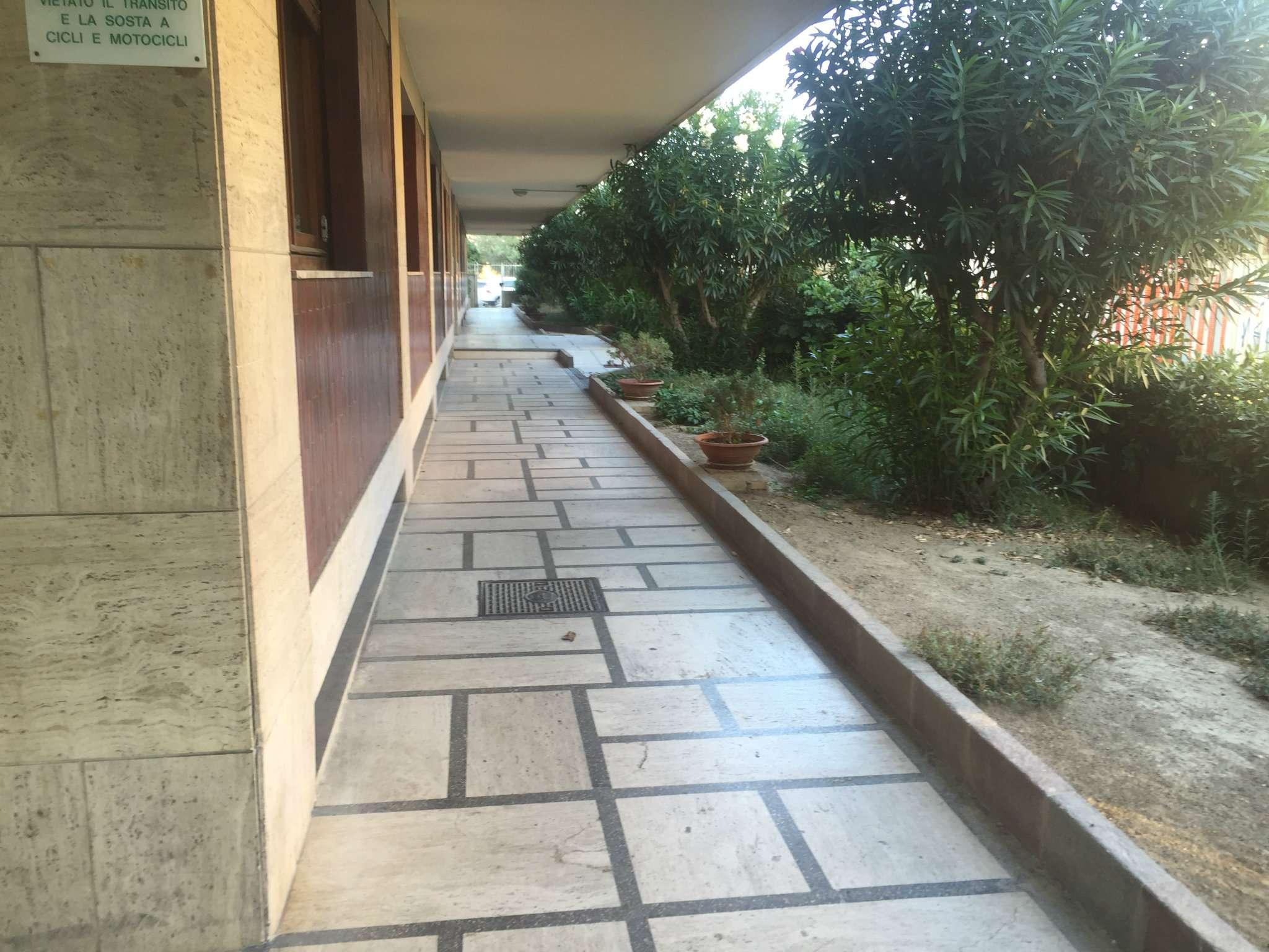 Bilocale Pescara Viale Kennedy 2