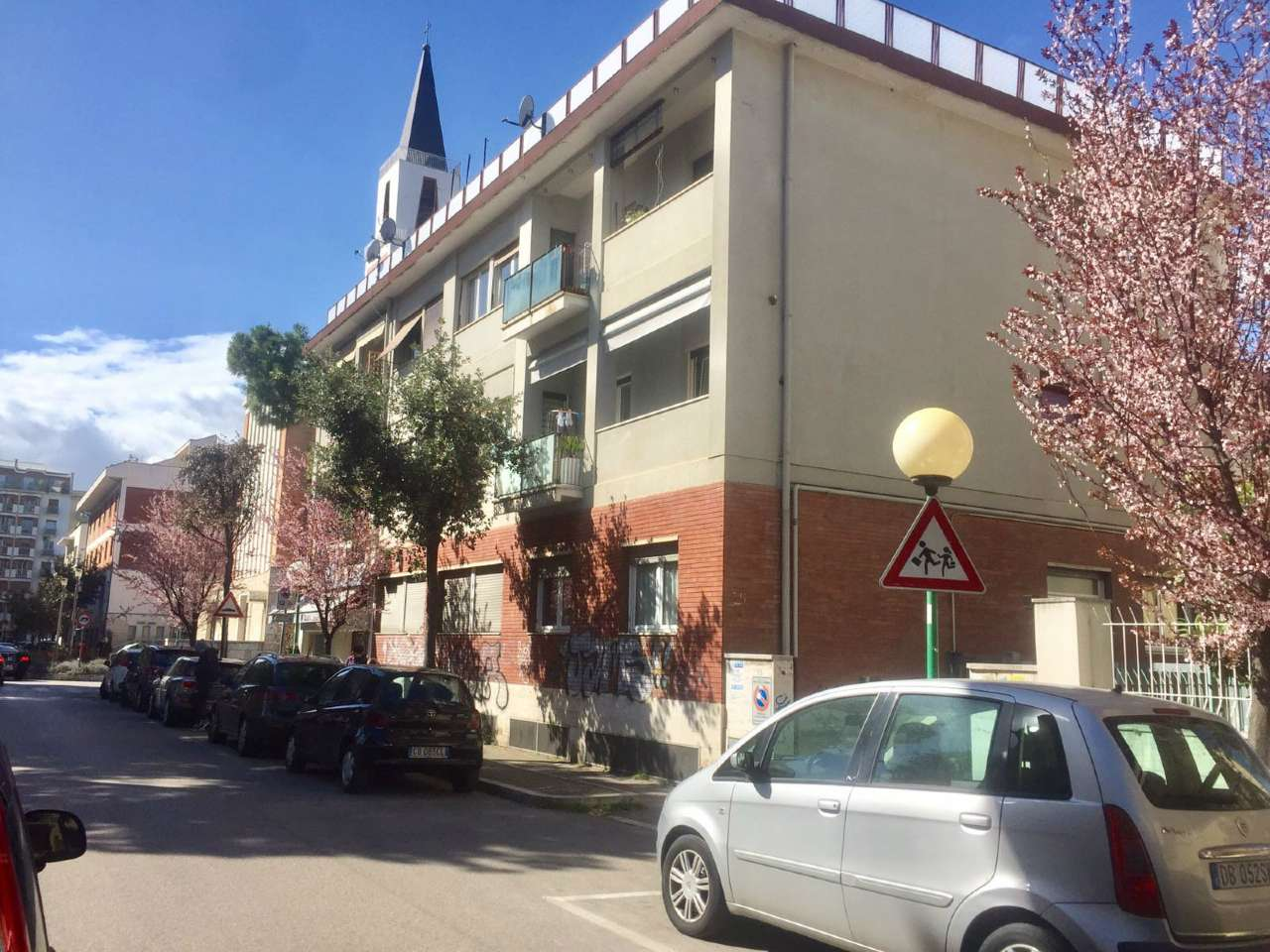 Appartamento in affitto a Pescara, 4 locali, prezzo € 850 | Cambio Casa.it