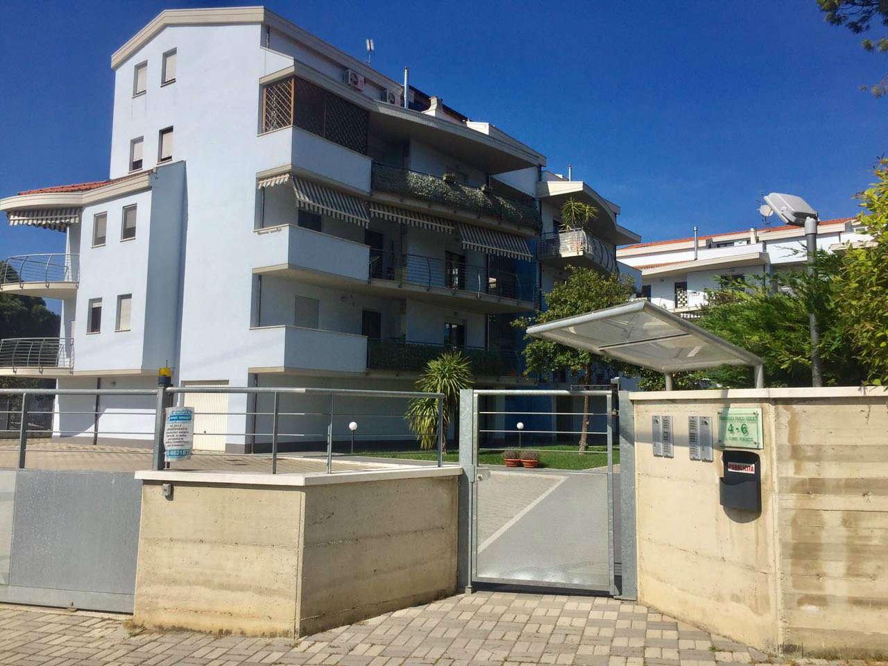 Appartamento in affitto a Montesilvano, 3 locali, prezzo € 550 | Cambio Casa.it