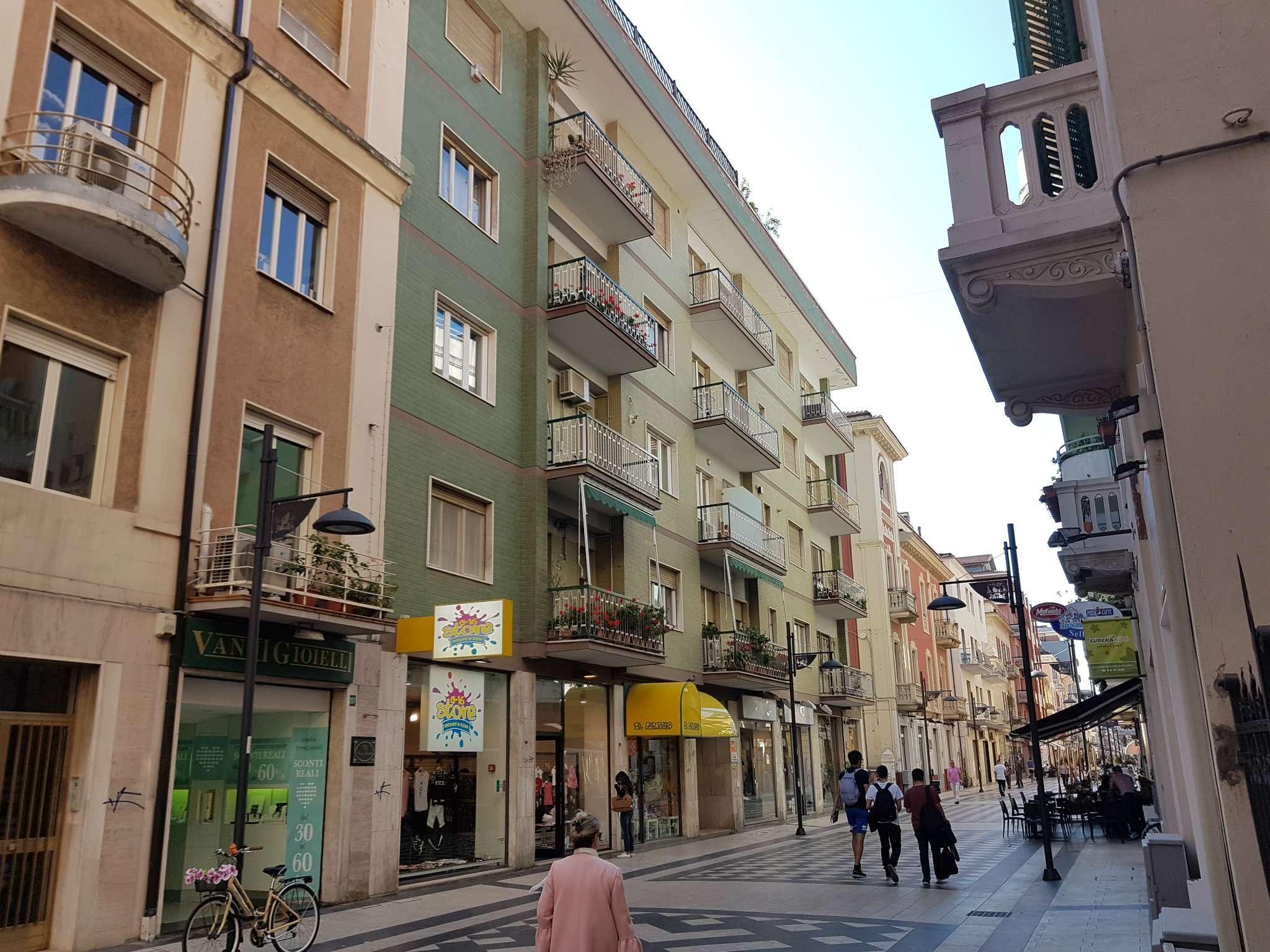 Attico / Mansarda in affitto a Pescara, 3 locali, prezzo € 350 | Cambio Casa.it