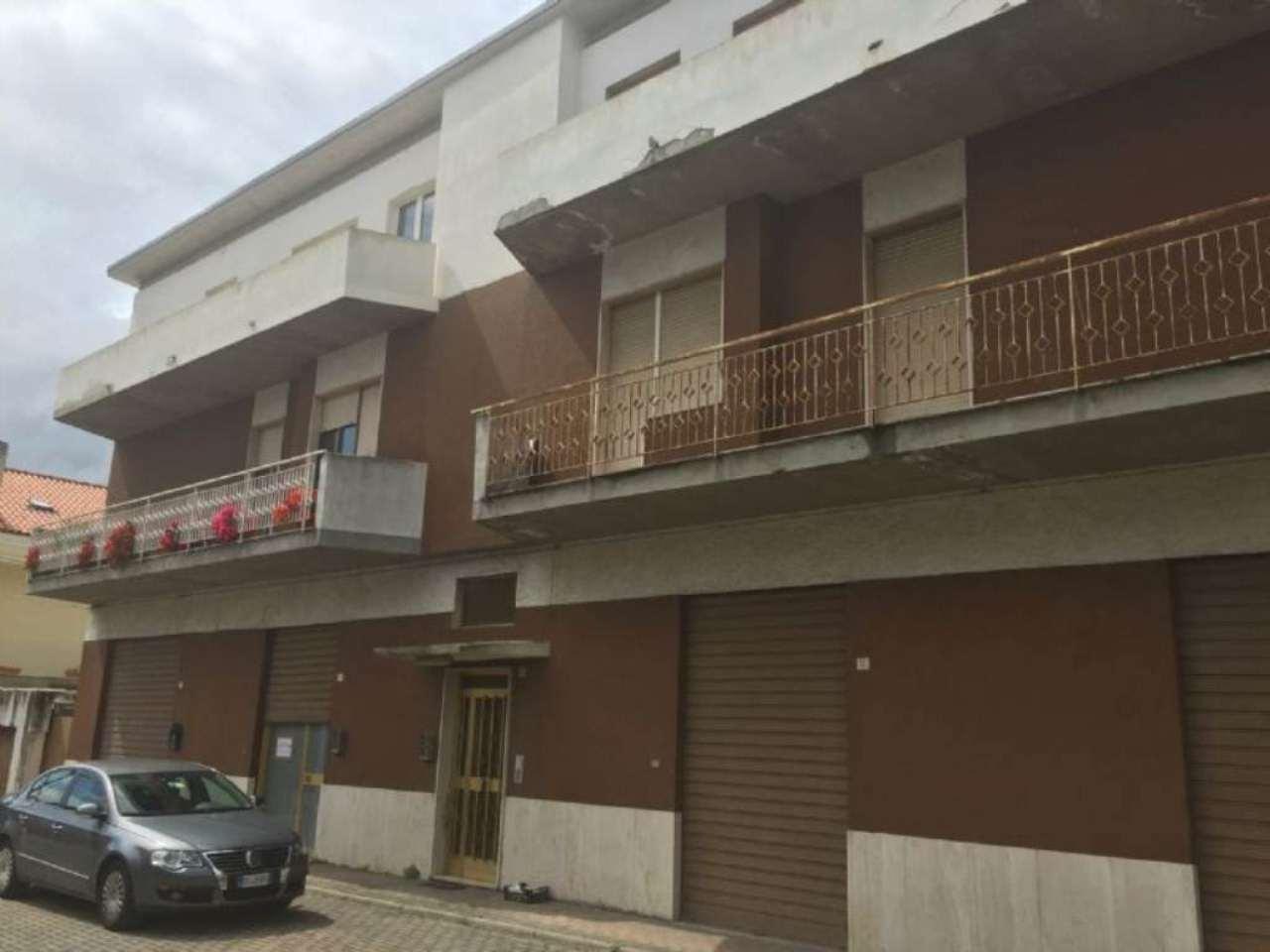 Magazzino in affitto a Pescara, 1 locali, prezzo € 500 | Cambio Casa.it