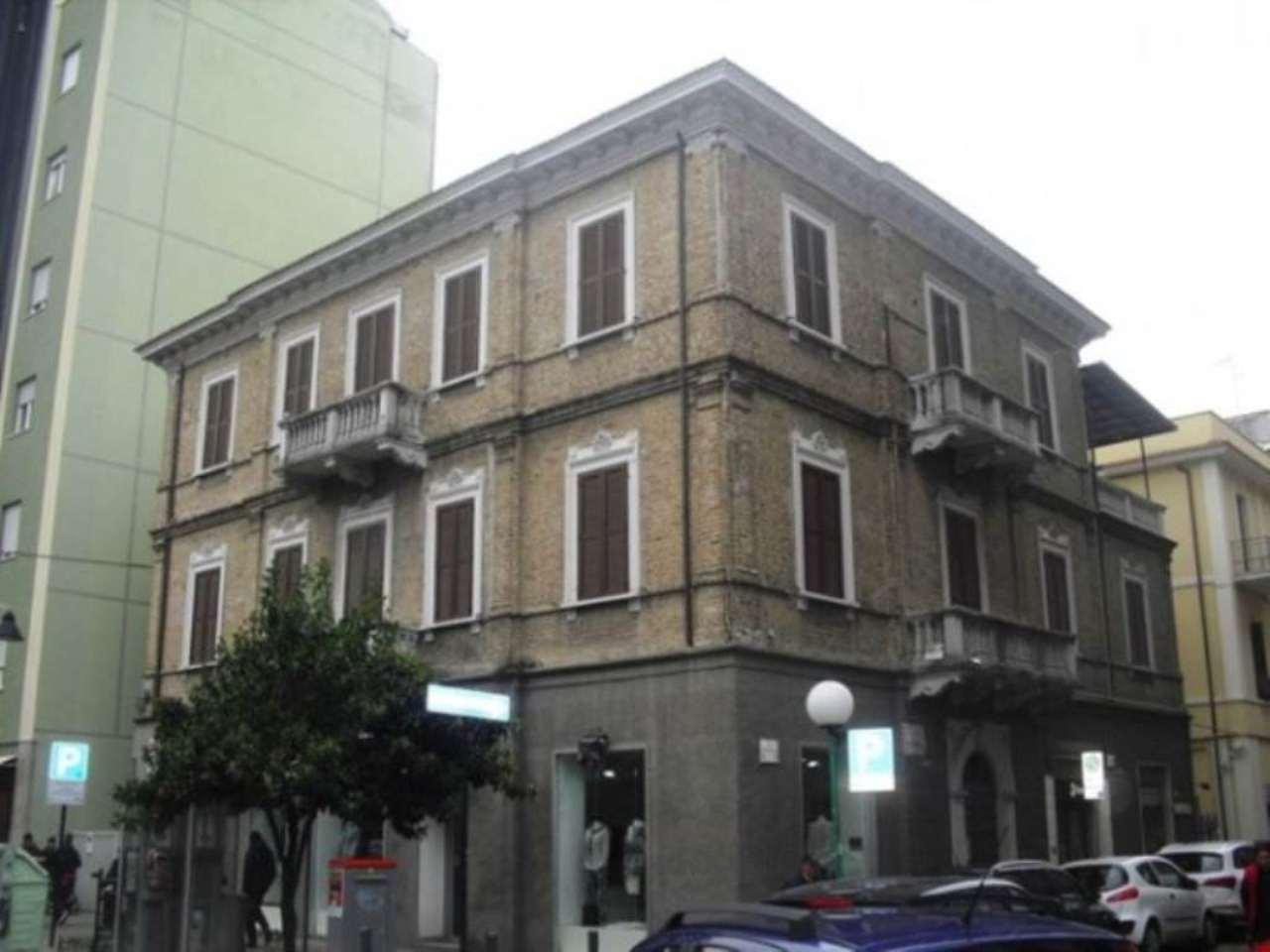 Attività / Licenza in Affitto a Pescara