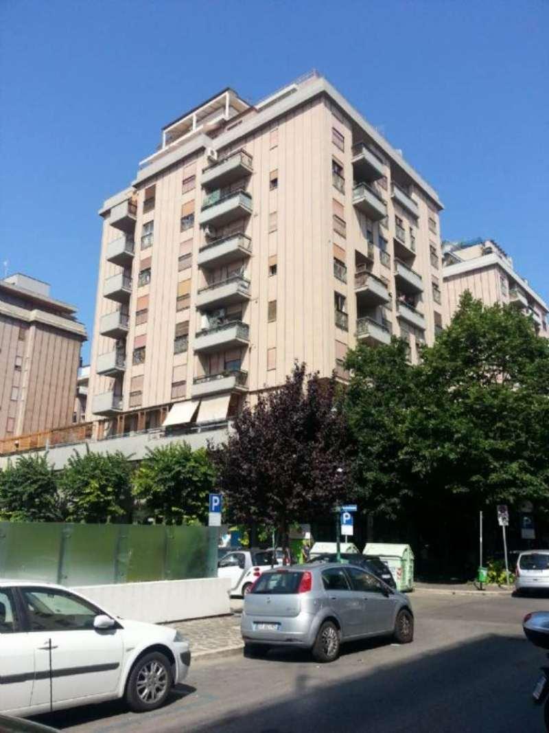 Negozio / Locale in affitto a Pescara, 1 locali, prezzo € 3.000 | Cambio Casa.it