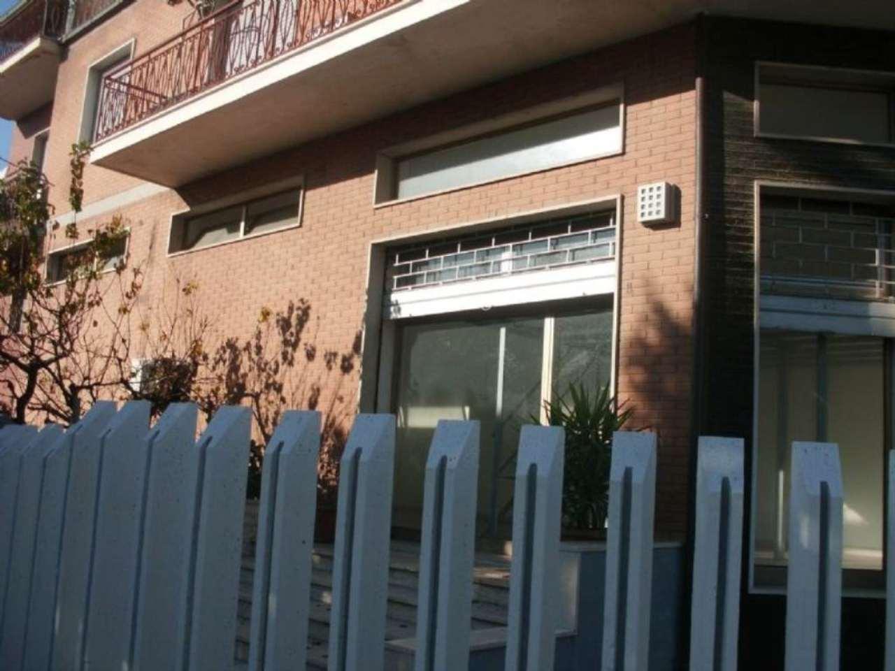 Negozio / Locale in Affitto a Montesilvano
