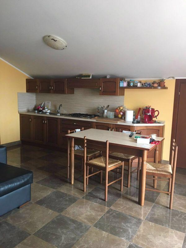 Attico / Mansarda in affitto a Città Sant'Angelo, 3 locali, prezzo € 600 | Cambio Casa.it