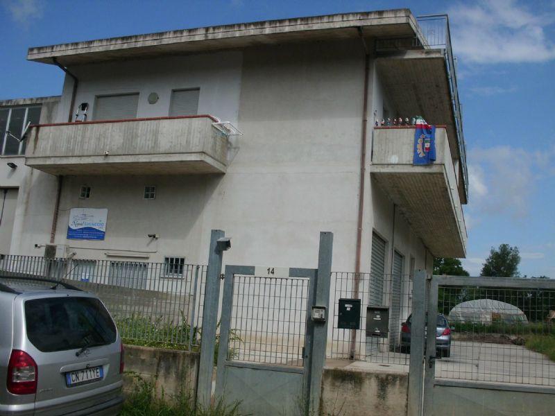 Appartamento in affitto a Cappelle sul Tavo, 5 locali, prezzo € 400 | Cambio Casa.it
