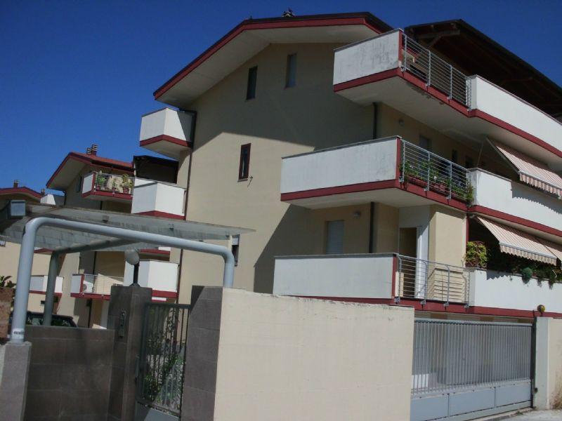 Attico / Mansarda in affitto a Montesilvano, 3 locali, prezzo € 400 | CambioCasa.it