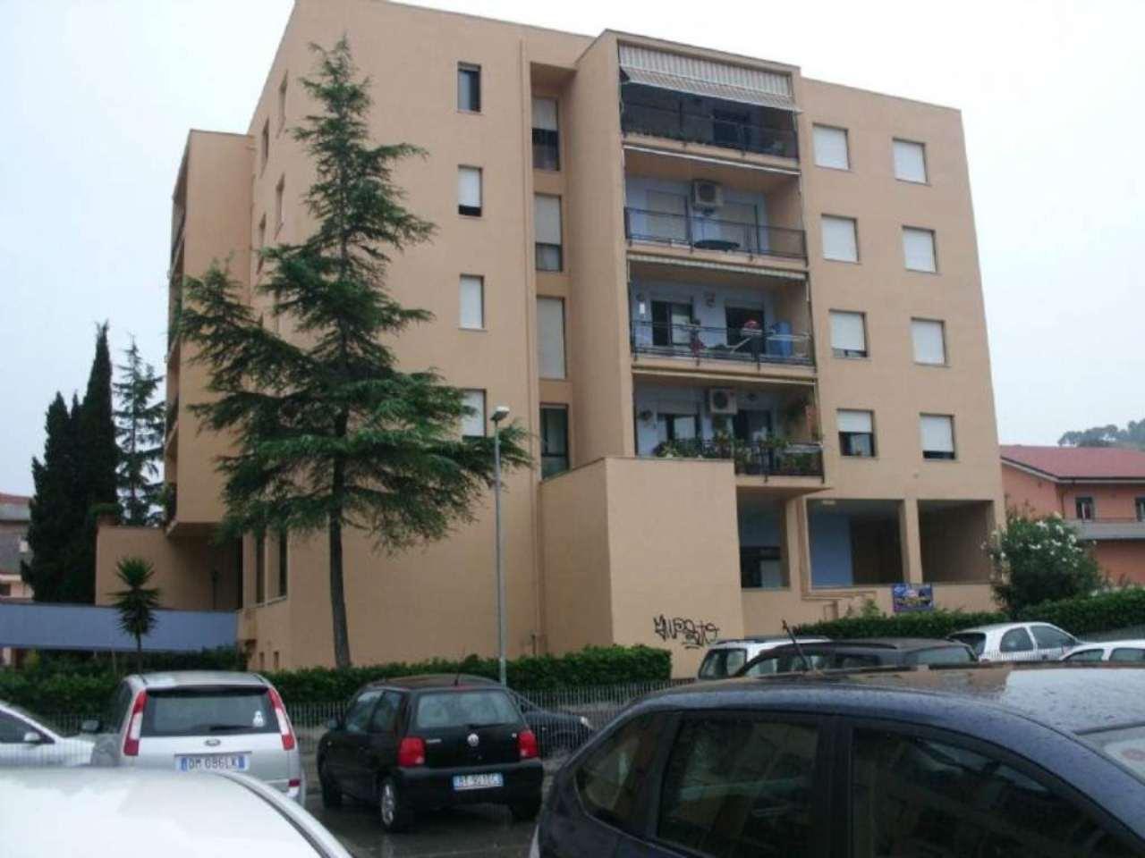 Appartamento in affitto a Montesilvano, 2 locali, prezzo € 400 | Cambio Casa.it