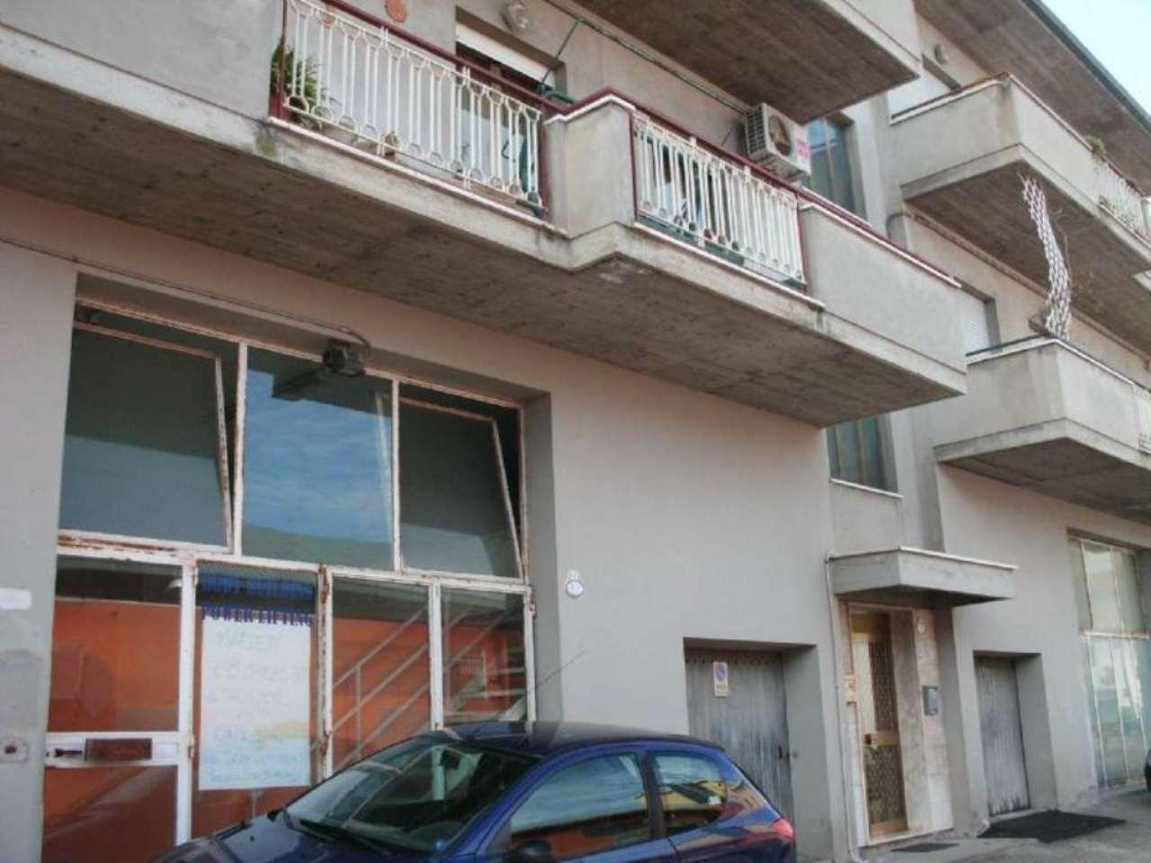 Appartamento in affitto a Montesilvano, 2 locali, prezzo € 500 | Cambio Casa.it