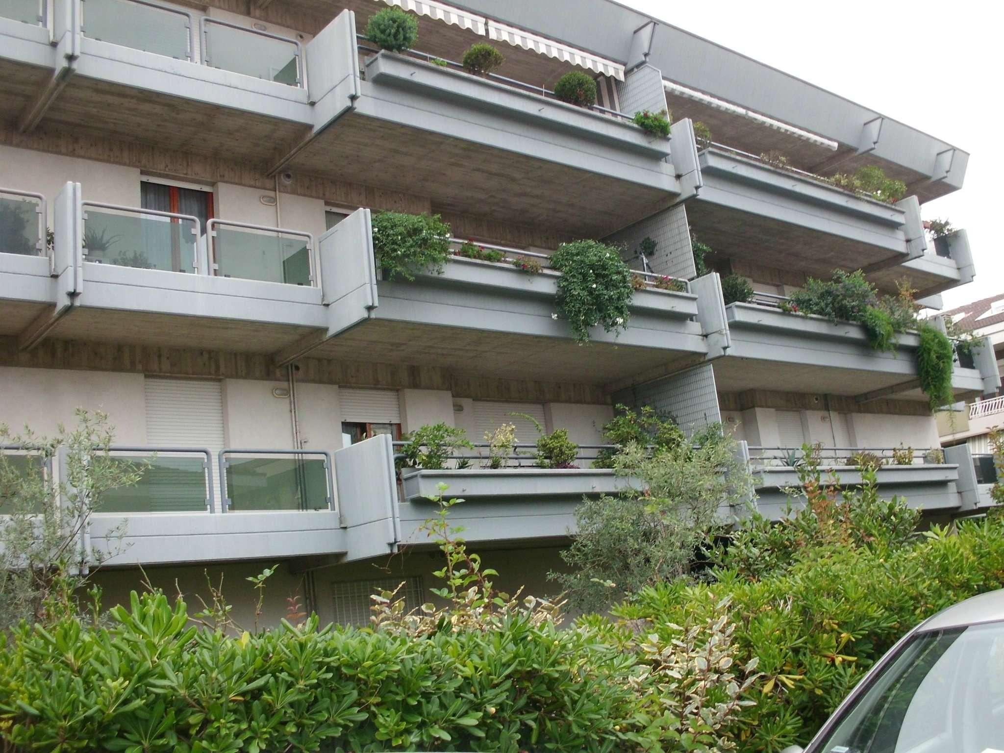 Appartamento in affitto a Montesilvano, 2 locali, prezzo € 450 | Cambio Casa.it