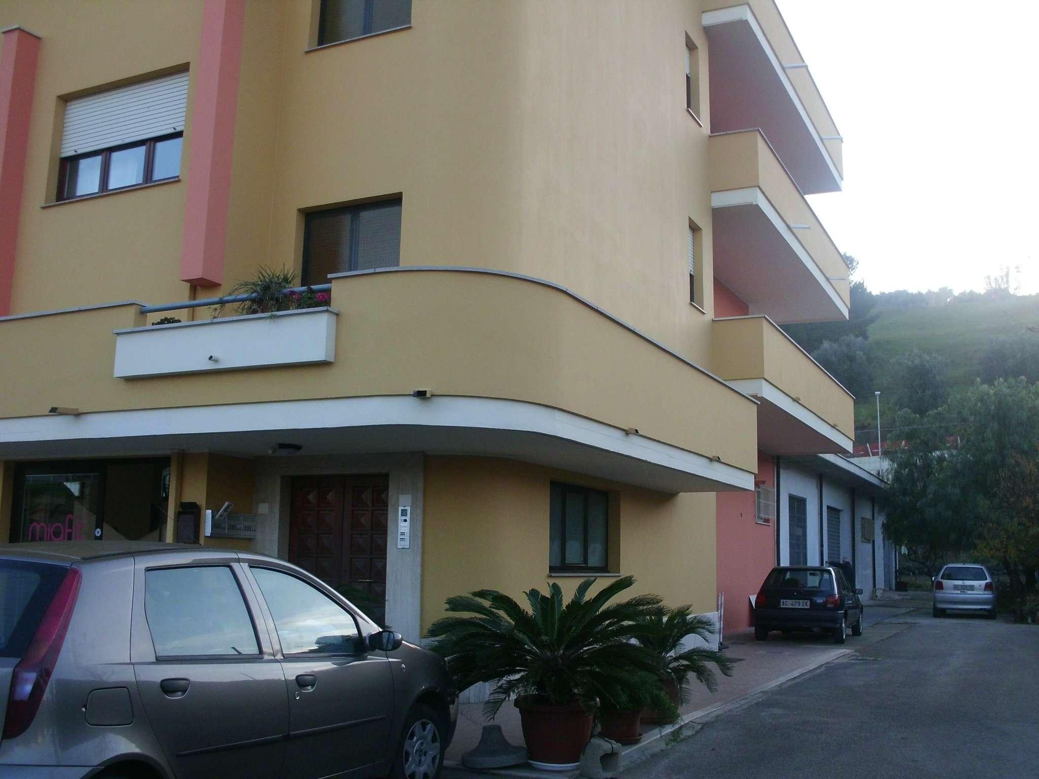 Magazzino in Affitto a Montesilvano