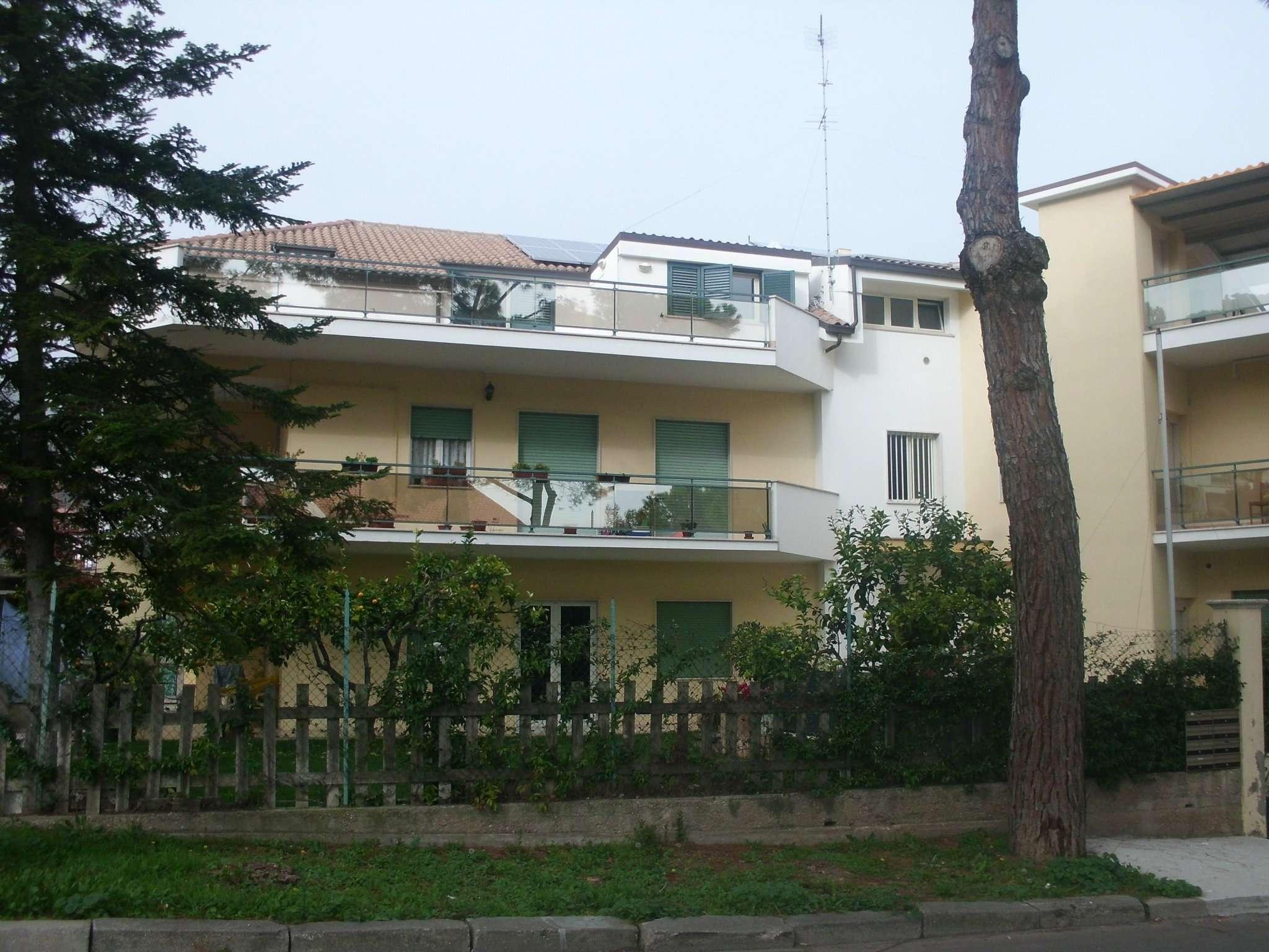 Attico / Mansarda in affitto a Montesilvano, 4 locali, prezzo € 400 | Cambio Casa.it