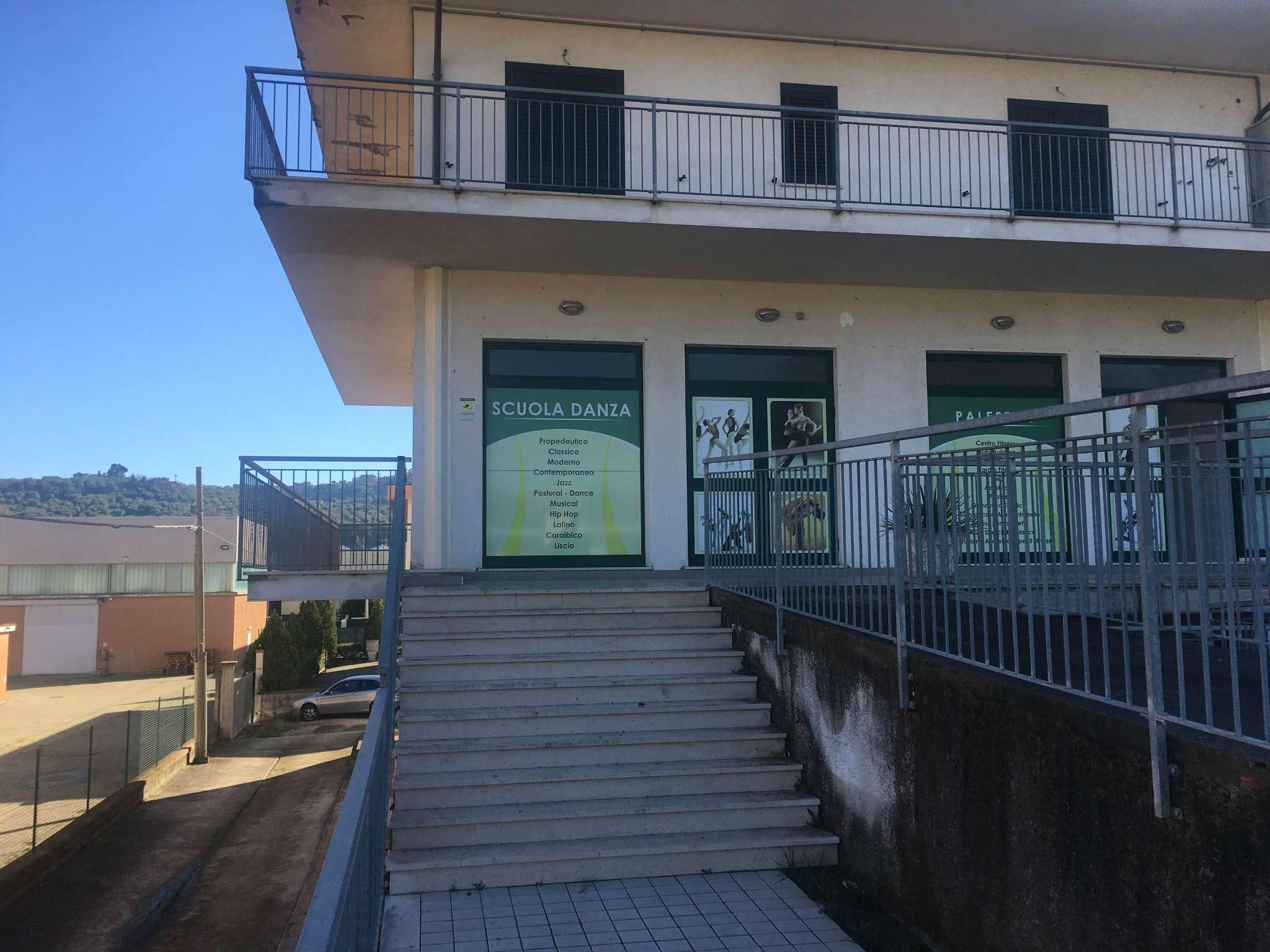 Altro in affitto a Collecorvino, 1 locali, prezzo € 800 | Cambio Casa.it