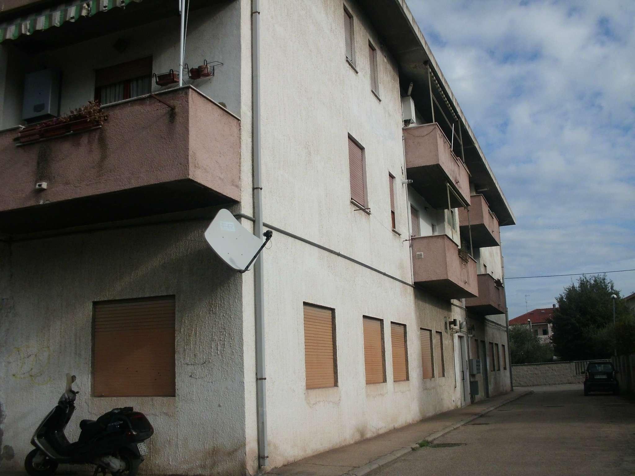 Attico / Mansarda in affitto a Montesilvano, 1 locali, prezzo € 300 | Cambio Casa.it