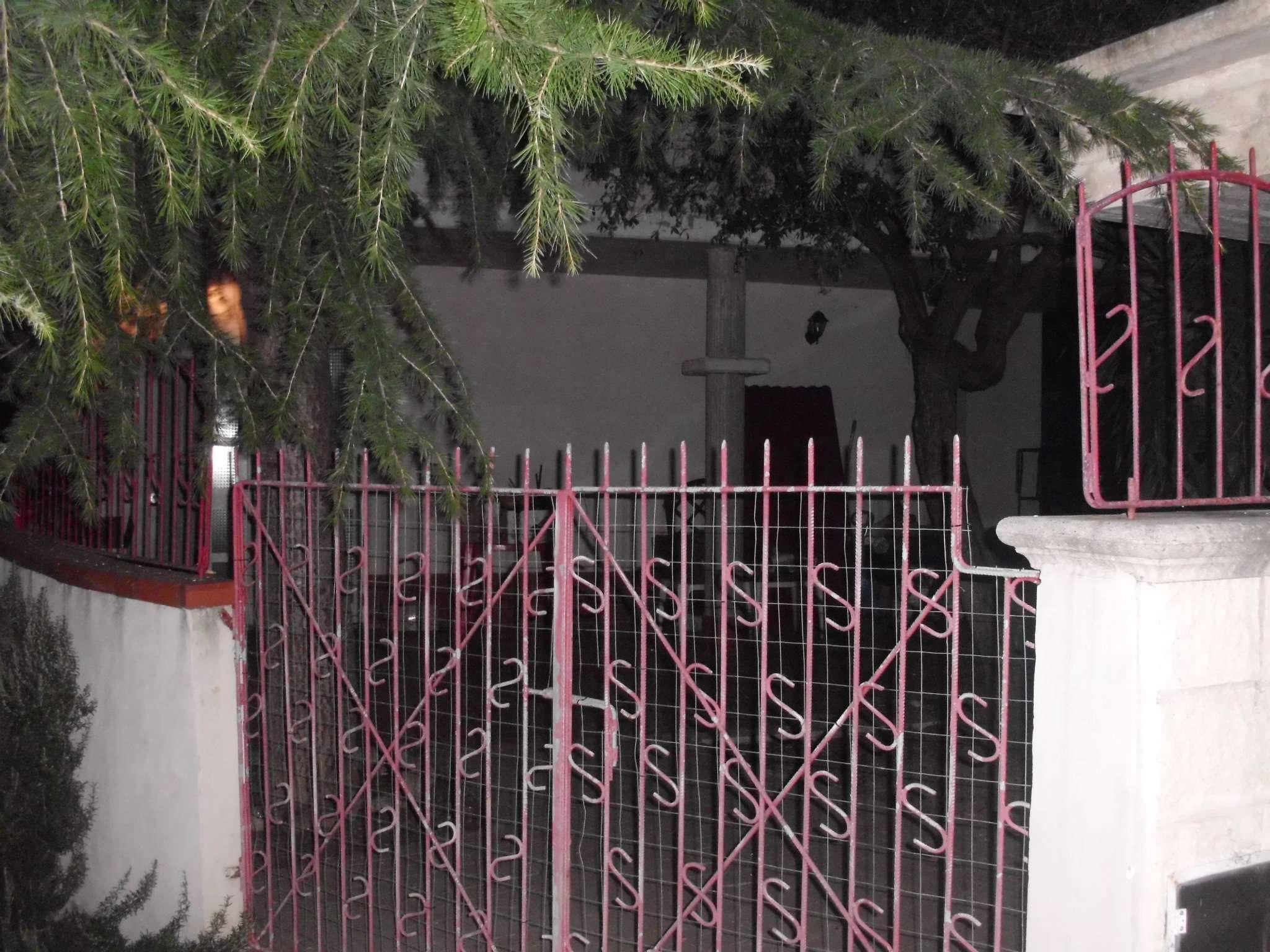 Soluzione Indipendente in affitto a Collecorvino, 5 locali, prezzo € 550 | Cambio Casa.it