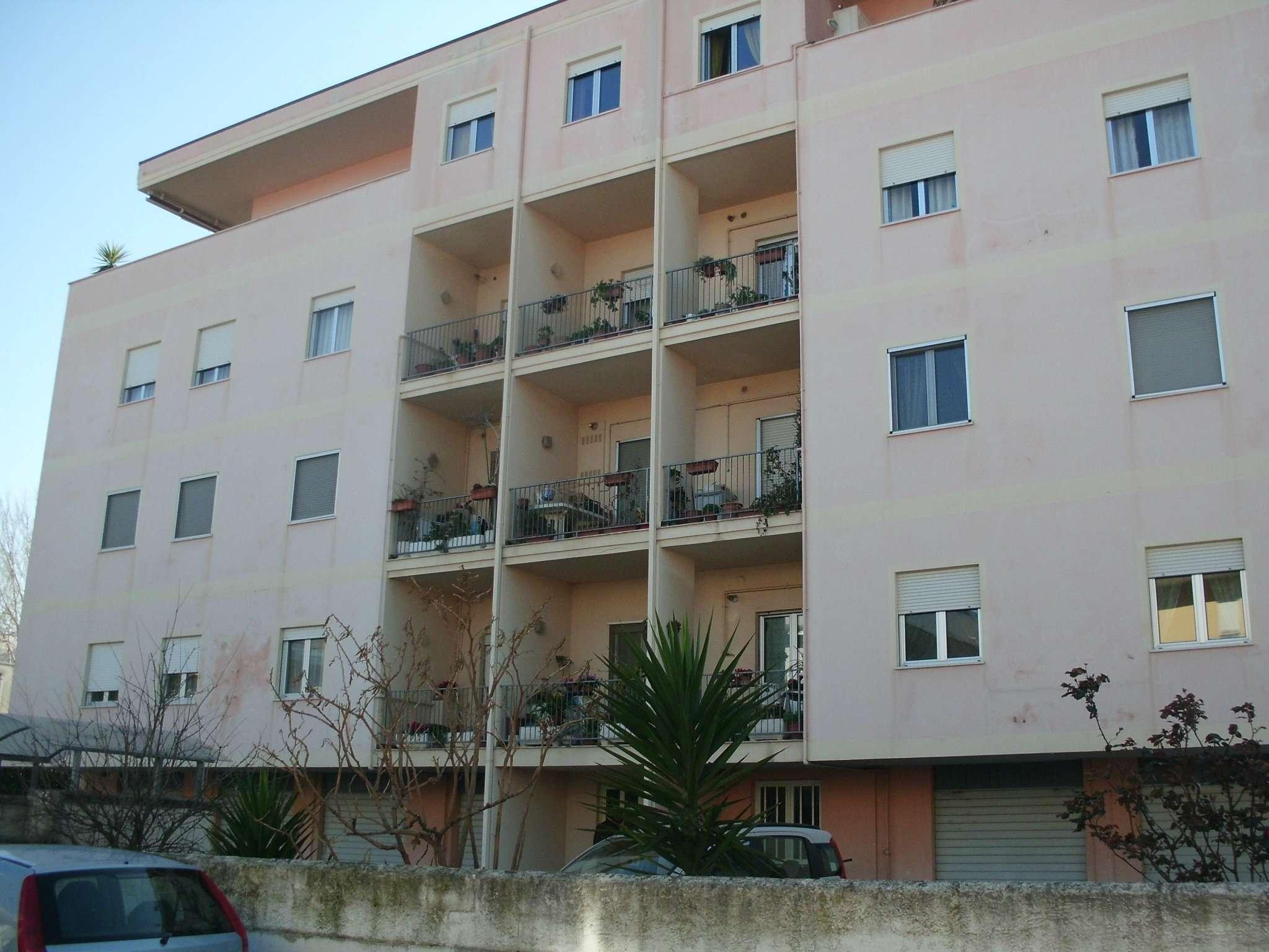 Appartamento in affitto a Montesilvano, 5 locali, prezzo € 500 | Cambio Casa.it
